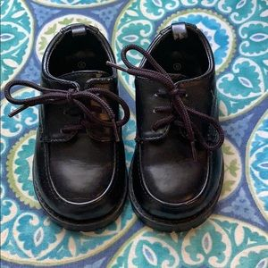 Black dress shoes Size 6 baby / Toddler